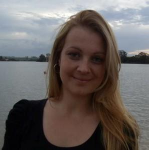 Renata Lima Zuccherelli de Oliveira