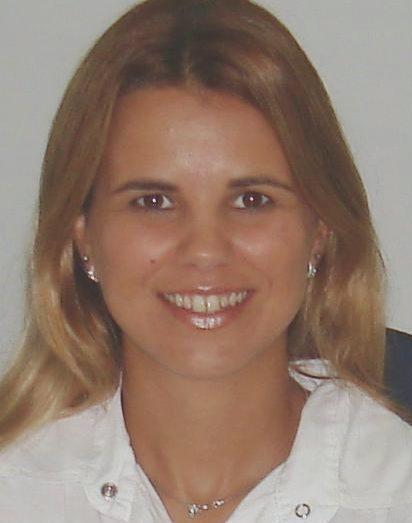 Profa. Dra. Angélica Simone Cravo Pereira