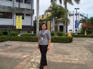 Aluna Sandra Lorena Blandon Navarro em sua Universidade de origem, Universidade Nacional de Engenharia (UNI), Nicarágua