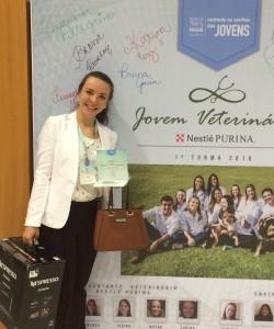 Karina Perez da Silva - 2º lugar Jovem Veterinário Nestlé PURINA 2016
