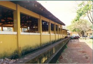 1997 – Adaptação de Galpão de Animais para  construção das antigas instalações da Biblioteca,  onde hoje (2017) funciona a Secretaria do ZAB e  Seção Técnica de Informática. Foto: Acervo FZEA.