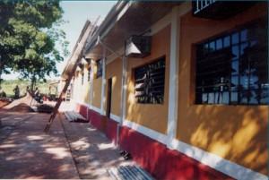1997 – Construção das antigas instalações da Biblioteca,  onde hoje (2017) funciona a Secretaria do ZAB e  Seção Técnica de Informática: visão externa, fase final da obra. Foto: Acervo FZEA.