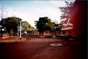 1998 - Vista externa da Biblioteca da FZEA. Foto: Acervo FZEA.
