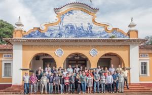 2017 - Funcionários ativos da Administração da FZEA (Assistências, Biblioteca e Informática).  Ao centro, o Prof. Dr. Paulo José do Amaral sobral, Diretor da FZEA/USP. Foto: Andrezza Maria Fernandes.