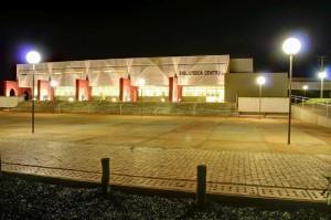 2011 - Novo edifício da Biblioteca Central FZEA. Foto: Rodrigo Mangetii.