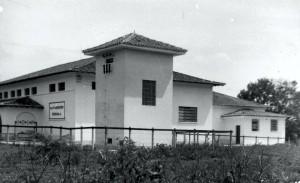 """Matadouro Escola, década de 70 – atual Matadouro Escola da Prefeitura do Campus """"Fernando Costa"""", USP de Pirassununga. Foto: Acervo Digital FZEA."""