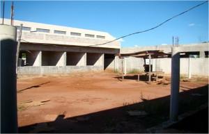 Dez./2012 – Construção do Bloco Administrativo de Engenharia de Biossistemas. Foto: Acervo FZEA.